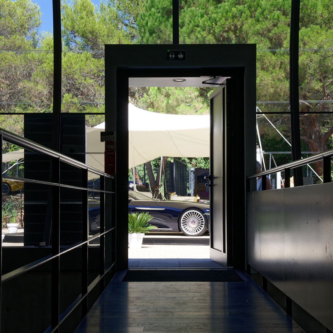 Did you know that we have four Design Studios all over the world? Have a look to see more details of our awesome Studio in Nice. #MercedesBenz #MBDesign #Studio https://t.co/gJ5x0SF2XT