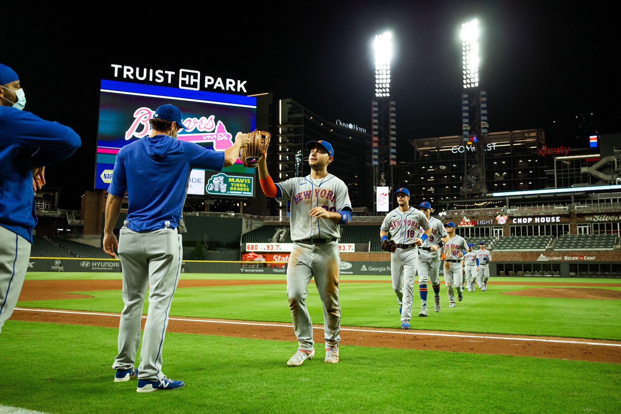Mets beat Braves 7-2 to snap losing streak