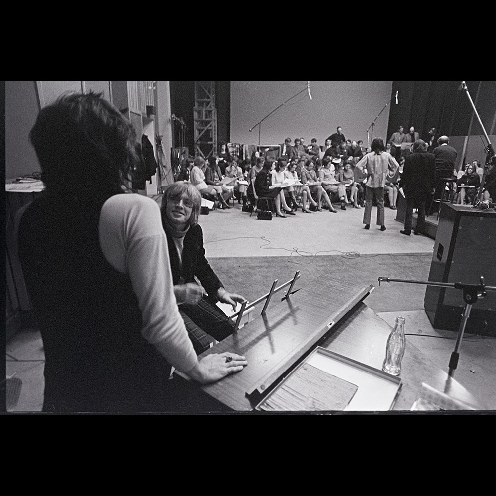 A never published shot of #brianjones & #keithrichards @ recording of #therollingstones Cant Always Get What U Want In my book only @ ethanrussell.com #thebeatles #thewho #jimmorrison #lindaronstadt #theeagles #letitbe #altamont #johnlennon #yokono #musicphotography
