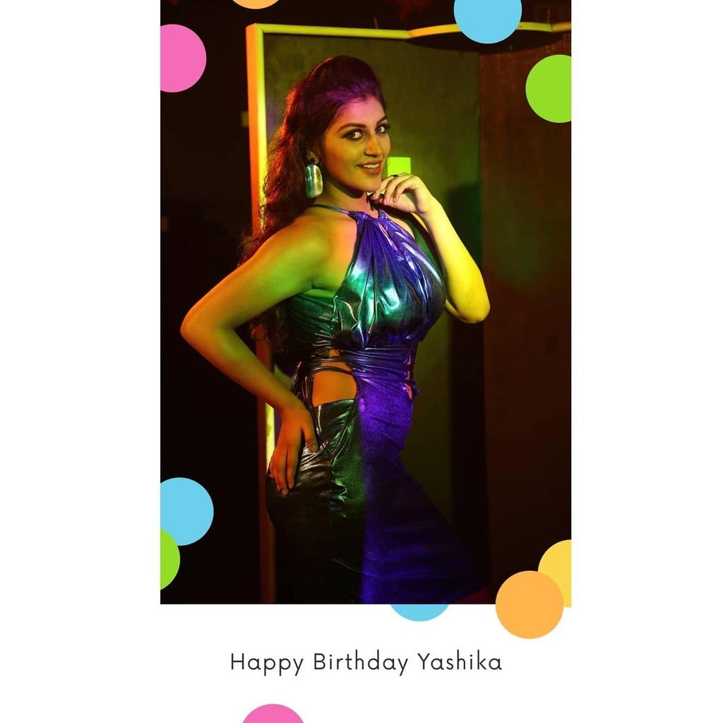 Happy Birthday to Young and Elegant Yashika Annad   #malavikamohanan #malavikamohanan#birthday #birthdaycookies #birthdaycakes #kajalagarwalhot #kajalagarwal #samnatha #samantha #rakul #telugu #teluguactress #telugucinema #telugumovie #telugumemes #teluguhotactress #actres…pic.twitter.com/Zhu7eLuBRb