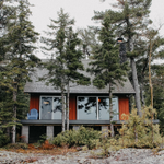 Image for the Tweet beginning: A Cozy Michigan Cabin Remodel