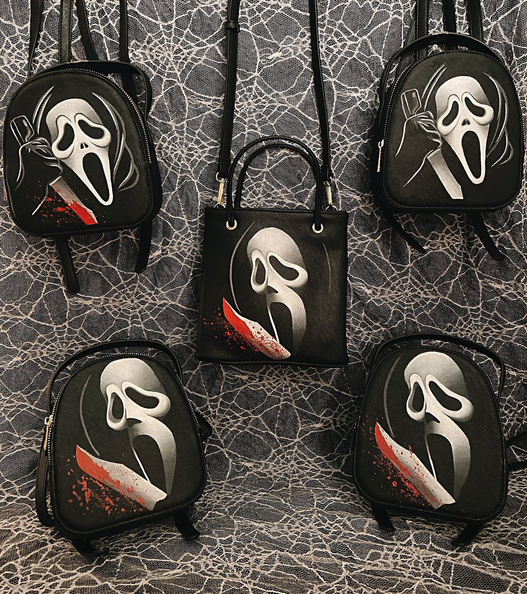 is anyone else excited for this mini Ghostface sale?  praying the rest of my bags come in so I can paint a few more  these are hand painted so they are all unique :) #horror #HorrorCommunity #horrorart #horrorfam pic.twitter.com/31mFDzUIUo