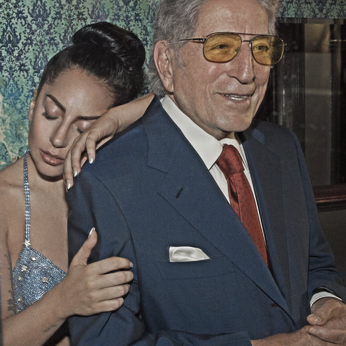 Happy Birthday @itstonybennett! You hold such a special place in my heart. Whenever I think of you I always Smile, just like Charlie Chaplin wrote. You're beautiful inside and out and the whole world loves you. I celebrate you today from home. But I wish we were Cheek to Cheek 😘 https://t.co/U3KMyRzmK0