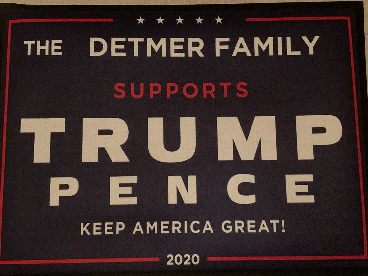 @realDonaldTrump Mr. President, even in Naples Florida the Detmer family has your back! My sister is rocking her support with this sign!!! We got you!!!