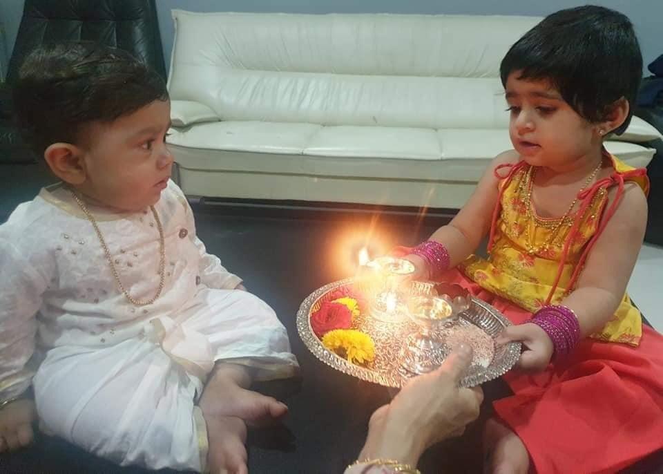 #RakshaBandhan Special  #RadhikaPandit #Yashpic.twitter.com/gKpQa1Pub5