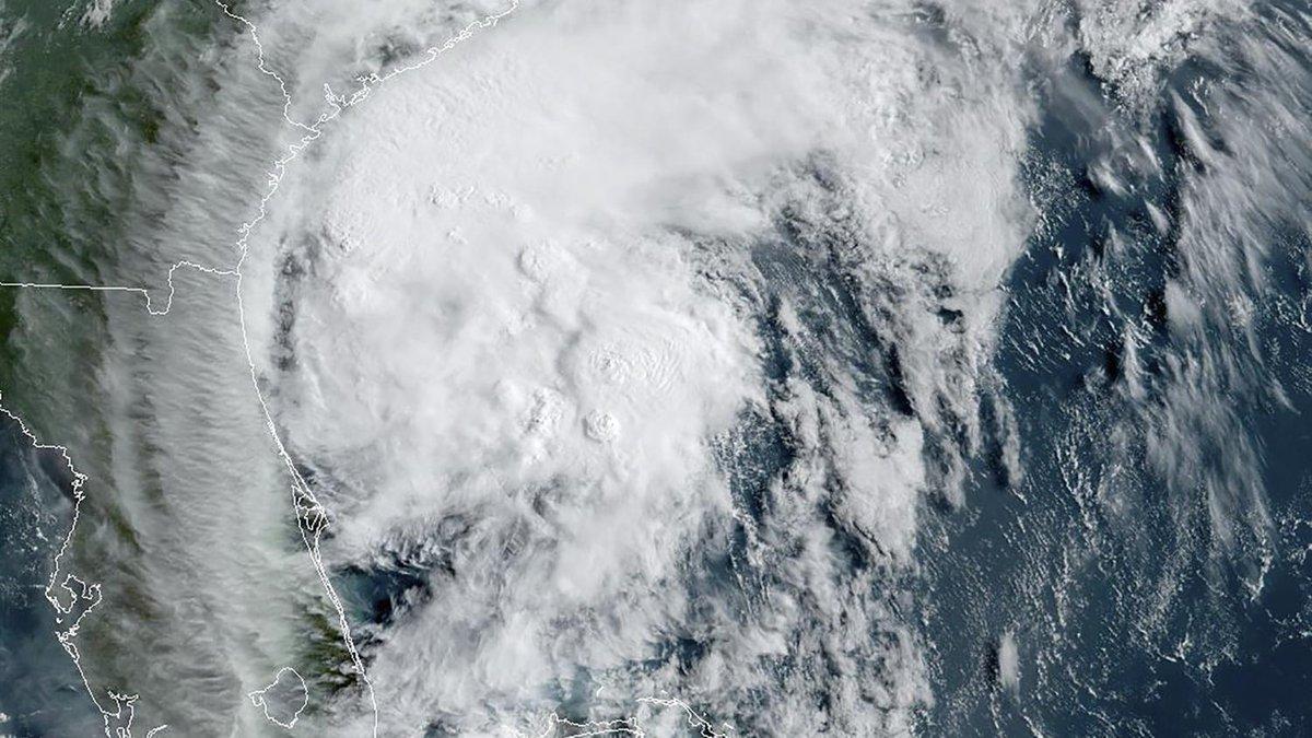 Etats-Unis : l'ouragan Isaias s'abat sur la Caroline du Nord  https://t.co/7pzRFe4slZ https://t.co/wfBDYffN9o
