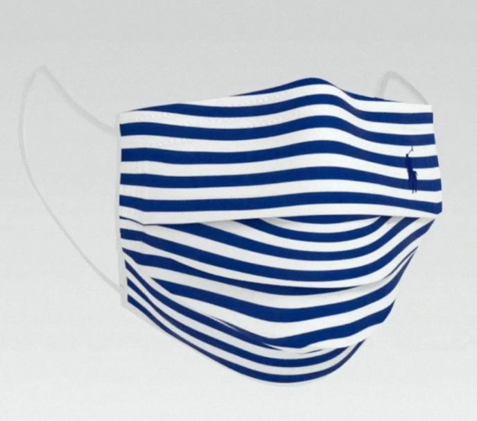 Puisqu'on risque de mettre des masques encore longtemps, Ralph Lauren a décidé de proposer sa propre collection. Deux versions seront disponibles cet automne : l'une en tissu, l'autre avec un système de filtration. Les prix n'ont pas été indiqués pour le moment. https://t.co/0cqzPpfE9v