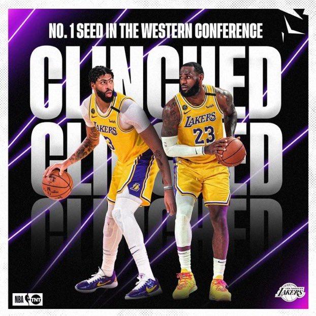 LETS GET IT #LakersNation #ForKobepic.twitter.com/KhYHBJ4fJo