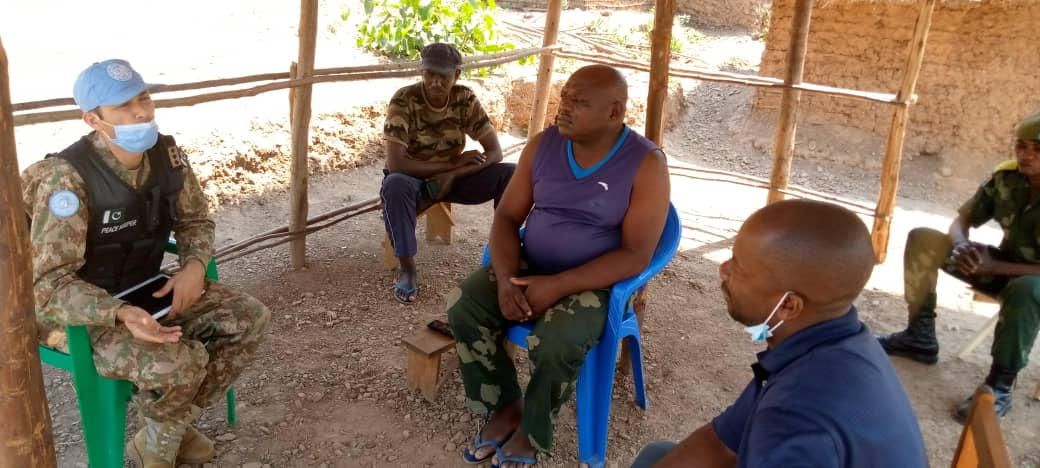 #Sud_Kivu, DRC:On 3 Aug 20, #PakRDB held meeting with FARDC at Kamanyola to discuss current security situation & prospective engagement activities to educate youth of neighbouring areas for better & effective #PoC since involvement of youth in routine activities can assure peace. https://t.co/CePKbtEtdY