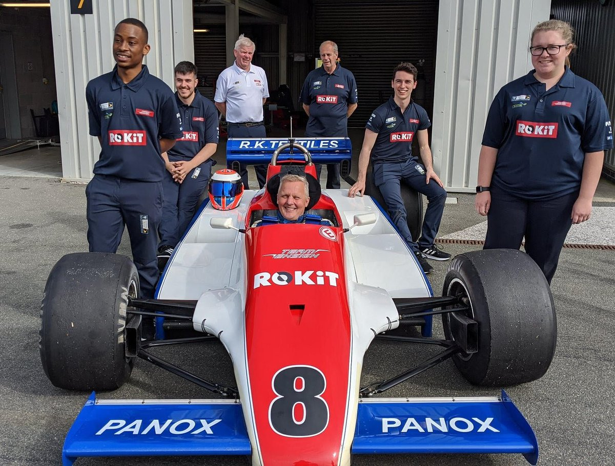Team Ensign joins forces with ROKiT Phones to support University of Bolton's National Centre for Motorsport Engineering in 'Fast Track to Formula One' initiative. Find out more in the link in our bio.  #ROKiTPhones #Formula1 #Motorsport https://t.co/GIgS0gDtZG
