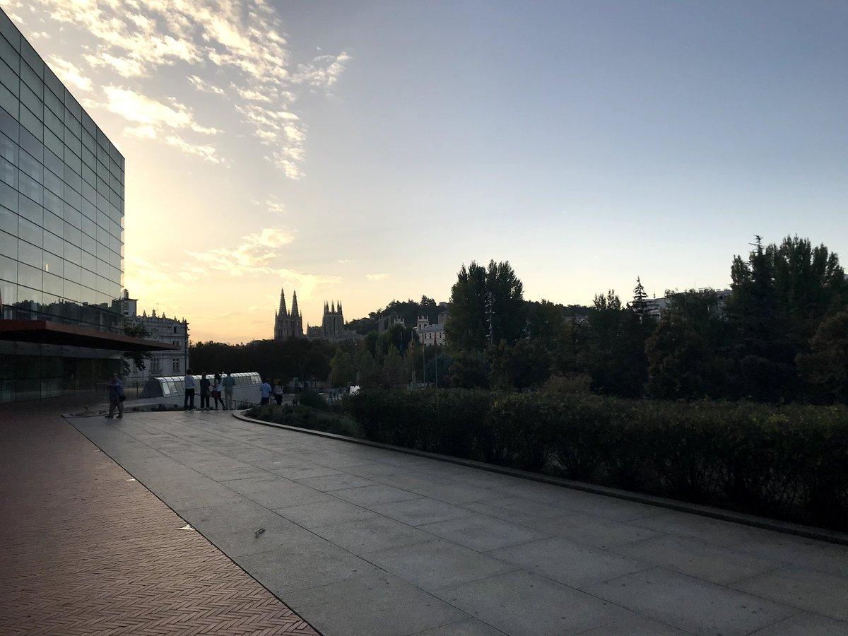 Ciudad de Burgos #photography #photo #google #googlelocalguides @canalpatrimonio @RomanicoDigital @CyLesVida #google #googlelocalguides #culturapic.twitter.com/oDXQCDkhMw