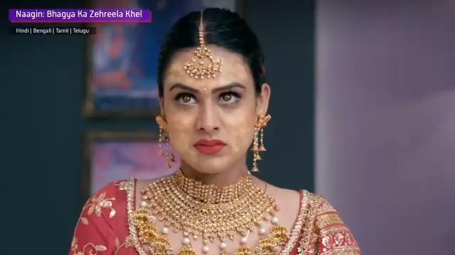 Sssssssurprise! How will Dev react to Brinda ka ye hidden roop? To find out, watch #NaaginOnVoot #NiaSharma #VijayendraKumeria #Naagin #Voot @Theniasharma