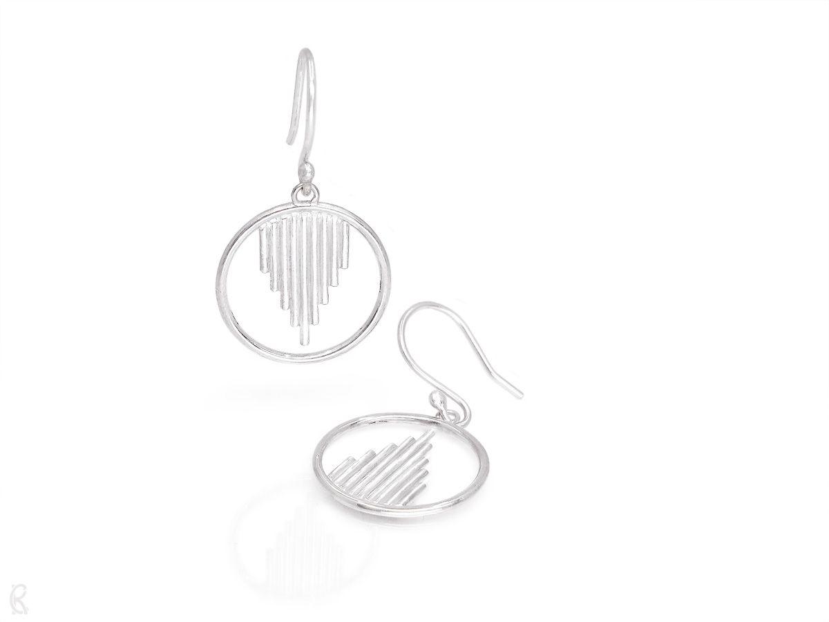 » Oracle - Sterling Silver Dangle Earrings « These show-stopper earrings are made with simple forms and an aspect of the unexpected.  ♺ - Made with 100% recycled sterling silver #nachhaltigegoldschmiede #minimalistischerschmuck #sustainablejewelry #fairgoldsmith #ethicaljewelry pic.twitter.com/6MQLTjyUbn