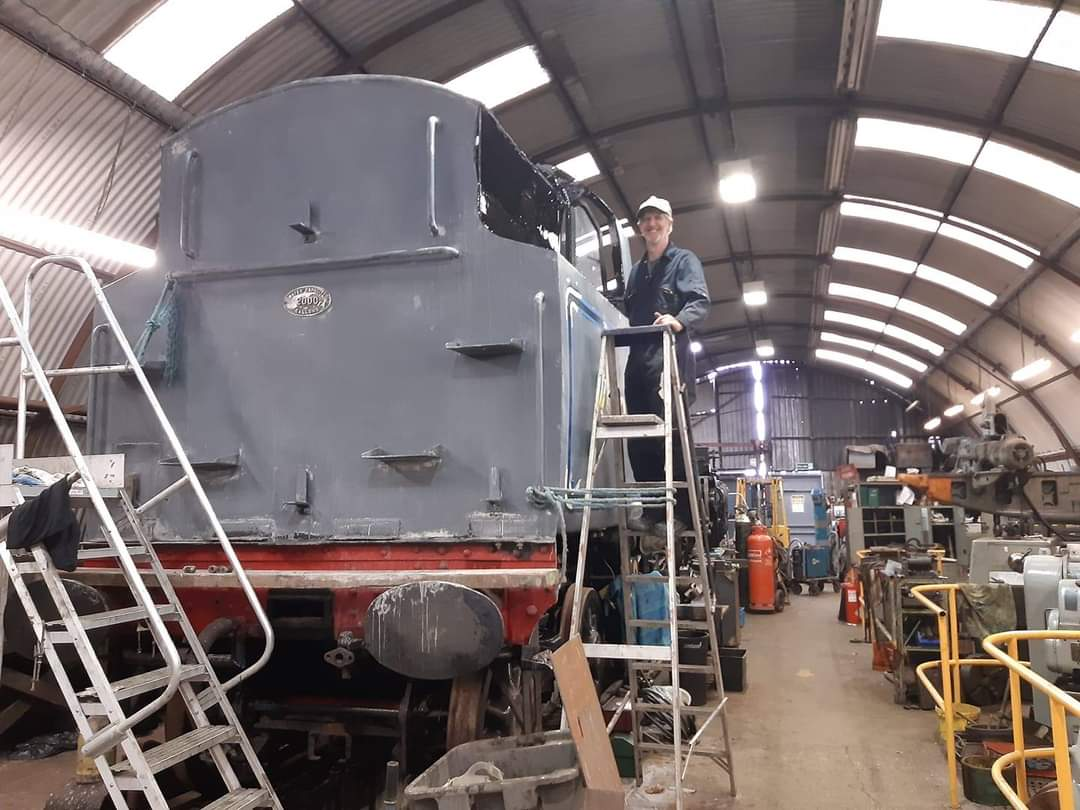 test Twitter Media - Whilst most of our paid staff remain on furlough, #volunteers are back on site, focusing on maintenance on No. 1 and 19. Progress is also picking up on the overhaul of privately owned BR Std 4 No. 80105, shown in the photos.   https://t.co/24YQvnwFSz  📸 W. Mason  ^JS https://t.co/blIOoqmllq