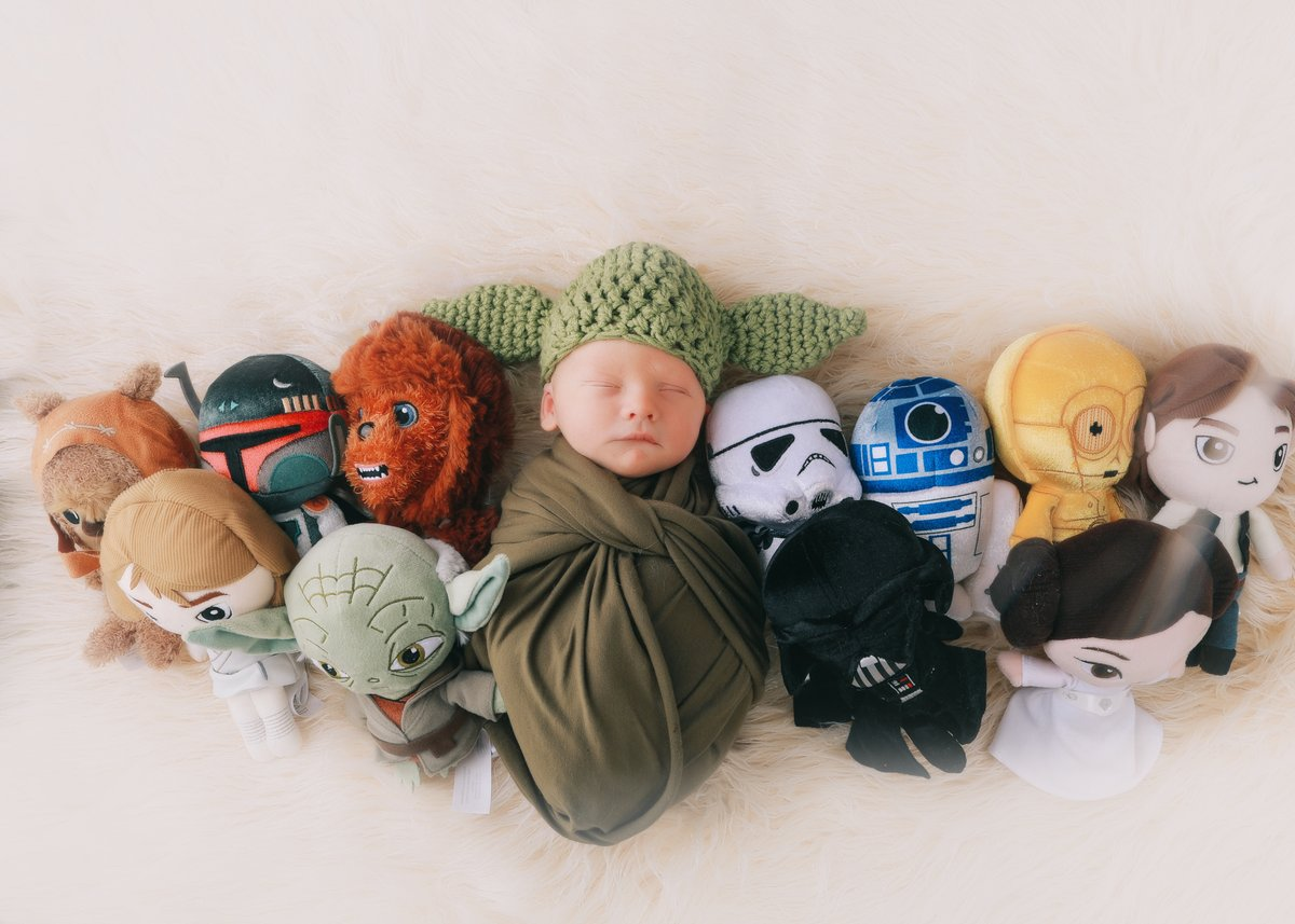 May the force be with you.   Give me a call.  I got this.   #newborn #babyboy #cutebaby  #newborns  #babygirl  #newborns  #newborngirls  #sleepynewborn  #instababy  #bestnewbornphotographer  #newbornposing  #baby #babies #baby pictures #newbornphotography #family #familiespic.twitter.com/Ale19TPy8R