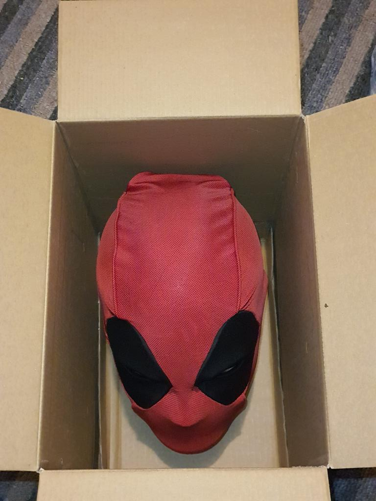 So this showed up today. #Deadpool pic.twitter.com/V8PUViVmBT