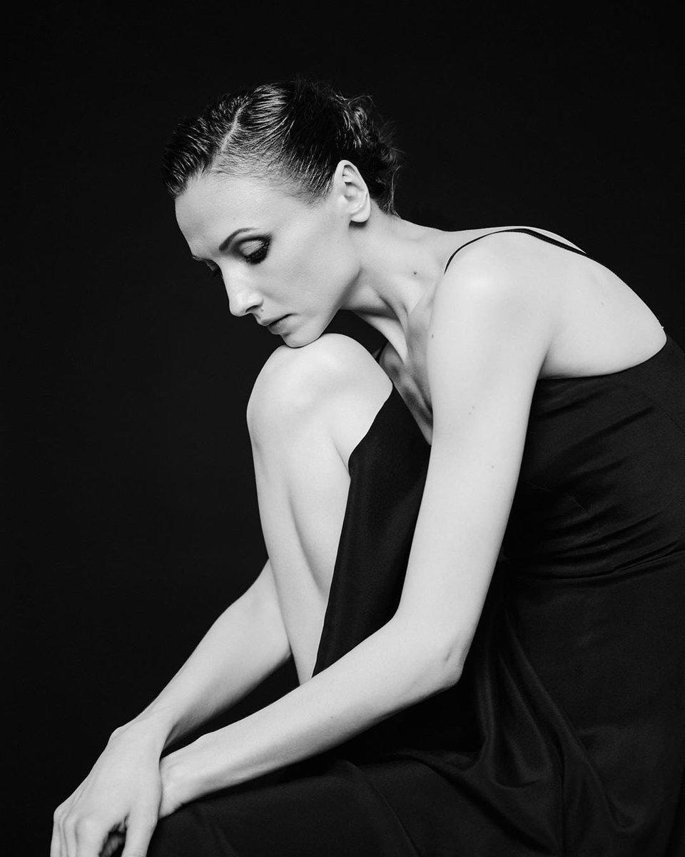 #BalletFascination #BalletDancer #SvetlanaZakharova as #GabrielleChanel https://t.co/L6D3hy7vYl
