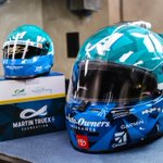 Congratulations to @MTJFoundation and @SherryStrongOC for an extremely successful campaign! These #MartinsMiniHelmet sold out in less than 3 hours.