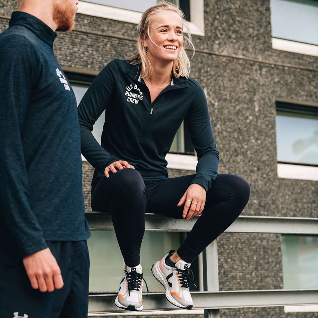 Positive vibes!  It took us 4 years of R&D to develop our first post-petroleum running shoe: The Condor.   Today, the Condor is 53% bio-based and recycled.  Our running model is available here: https://t.co/uWaFm35heR.  Photo: @UrbanRunnersNL #veja #vejacondor #vegankicks https://t.co/7x118mrugl
