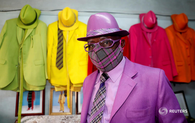 Most of us have accepted COVID-19 face masks as an inconvenient, albeit necessary, safety measure. For the style conscious like James Maina Mwangi, however, they are an unmissable fashion opportunity https://t.co/TAyiqCMgk8 by @tmukoya2002 https://t.co/eE2WCx7xbS