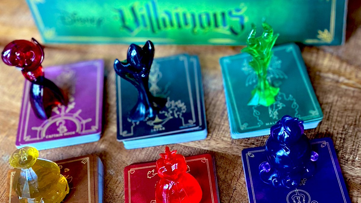 I love hand management and the take that style of game play is slowly starting to grow on me! I'm am now a Villainous addict. #boardgame #boardgames #tabletop #boardgamegeek @RavensburgerNApic.twitter.com/q1DjOZz86U