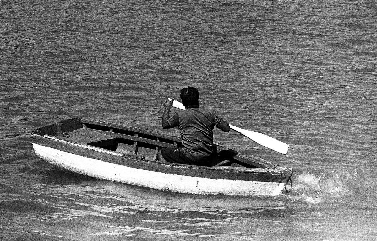 Fotografía analógica de Pedro Antonuccio Sanó. #pampatar #islademargarita #estadonuevaesparta #venezuela 2005 #summer #amazingplaces #lugaresincreibles #paradise #pedroantonucciosanó #fotoantonuccio #photography #photos #photo #foto #caribevenezolano #margarita #photographerpic.twitter.com/vyrR5KdTSL