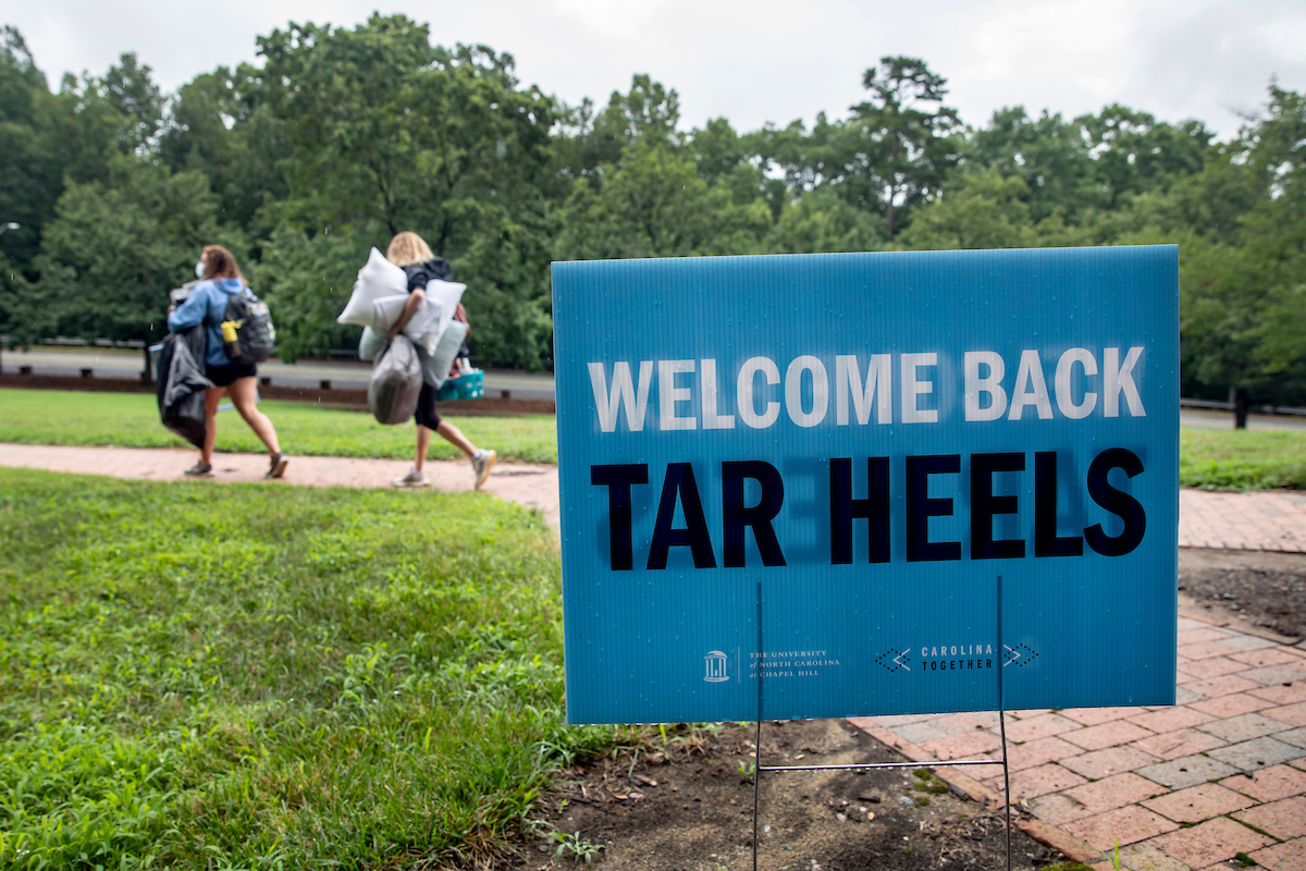 Welcome home, Tar Heels! 💙🐏 As you prepare for the semester, whether you'll be remote or on campus, make sure to check out #UNC's Week of Welcome events! Find in person and virtual opportunities here 👉 https://t.co/cP9xFknEz7 https://t.co/mk5LB2MSF6