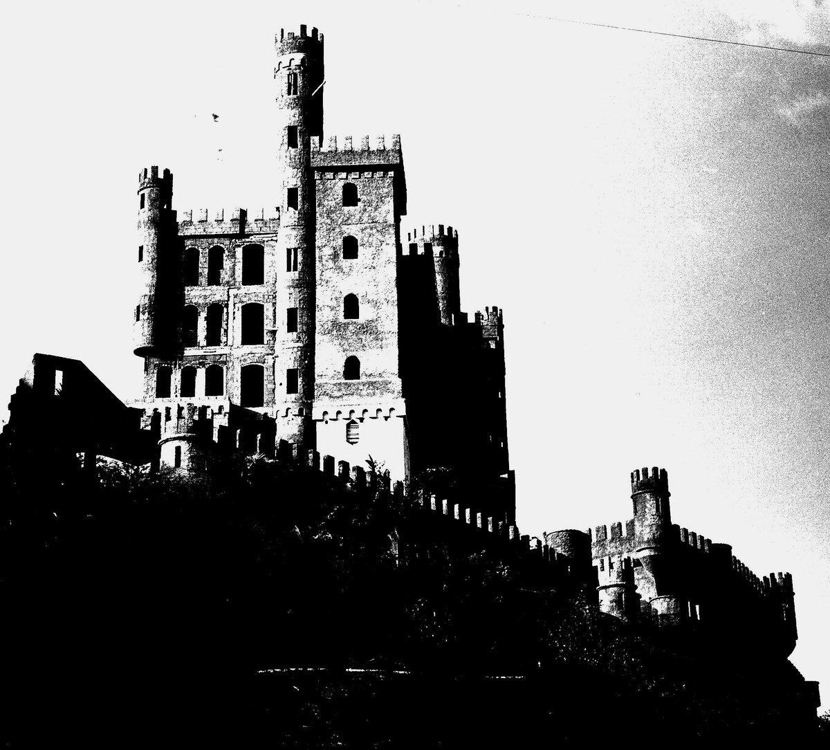 Fotografía analógica de Pedro Antonuccio Sanó. Castillo de Las Salinas / Castillo de Tacoa #estadovargas #estadolaguaira #marcaribe #venezuela 1996 #summer #amazingplaces #lugaresincreibles #paradise #photography #photos #photo #fotos #foto #caribevenezolano #photographie #PHOTOSpic.twitter.com/ENfO3ZwUwC