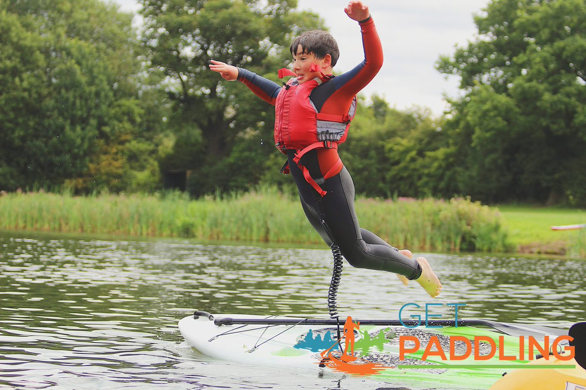 More contenders for our action shots out on the Lake at Alderford...         What do we reckon?#getpaddling #alderfordlake #canoe #kayak #paddleboard #megasuppic.twitter.com/fyY6Icpw6D