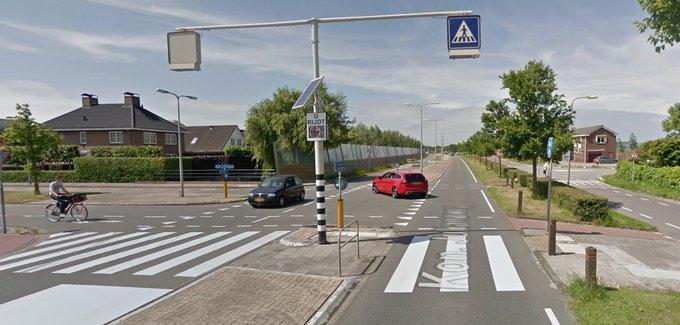 Geen fietstunnel bij oversteekplaats Koningin Julianaweg https://t.co/4p8OI9Bc0G https://t.co/k8bfwMCQM1