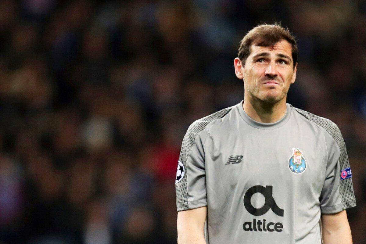 Iker #Casillas beendet seine Karriere: Abschied einer echten Torwartlegende! http://tag24.de/nachrichten/torwart-legende-iker-casillas-beendet-seine-ruhmreiche-karriere-nach-herzinfarkt-1600904…pic.twitter.com/jknnDLhwyW
