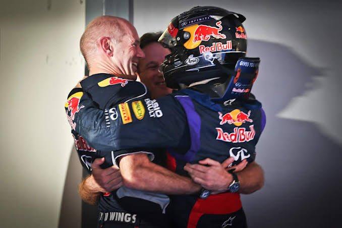 Tl is dead and I'm about to go to sleep so I leave you with happier days of Sebastian Vettel hugging the RBR team: Christian Horner, Adrian Newey, Dietrich Mateschitz, Helmut Marko and Rocky 💙💙💙 https://t.co/H3JNuVTXDJ