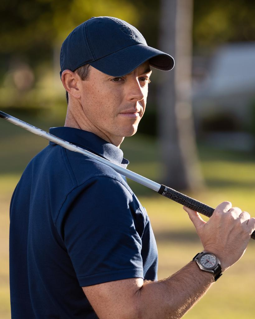 """#OMEGAGolf / #PGAChamp As @McIlroyRory knows, winning the @PGAChampionship takes total concentration.  That's why our #SeamasterAquaTerra """"Ultra Light"""" is built for no distractions. https://t.co/cOGdHO1Wa4 https://t.co/M7XpA3GueE"""