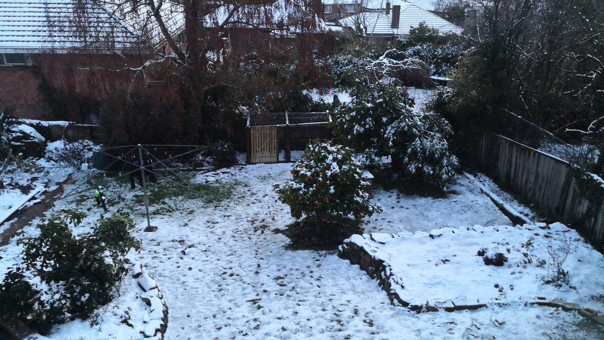 #snowbart #snow #launceston https://t.co/cbZFTYV4pL