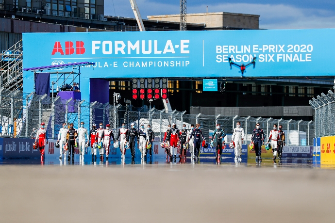 #ABBFormulaE | #BerlinEPrix – Día 1 – Un Shakedown con distanciamiento social https://t.co/vlQP8stJLy #SeasonSixFinale https://t.co/1jFoLykJIL