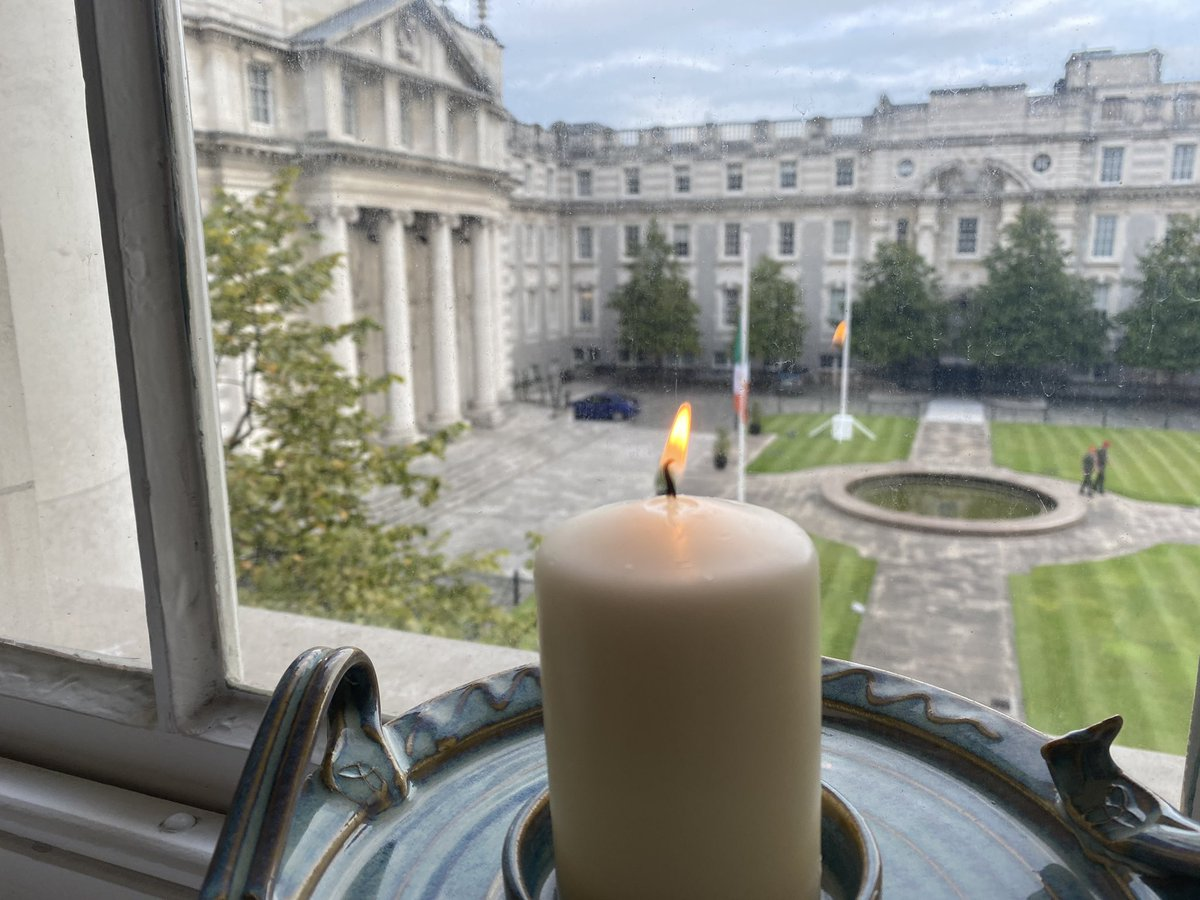 "Tonight we join together to light a candle for peace and reflect on the huge contribution John Hume made to our society. He brought people together and secured peace on this island. He truly was ""Ireland's Greatest"". Thank you John #JohnsLight https://t.co/Y19HAxsGtB"