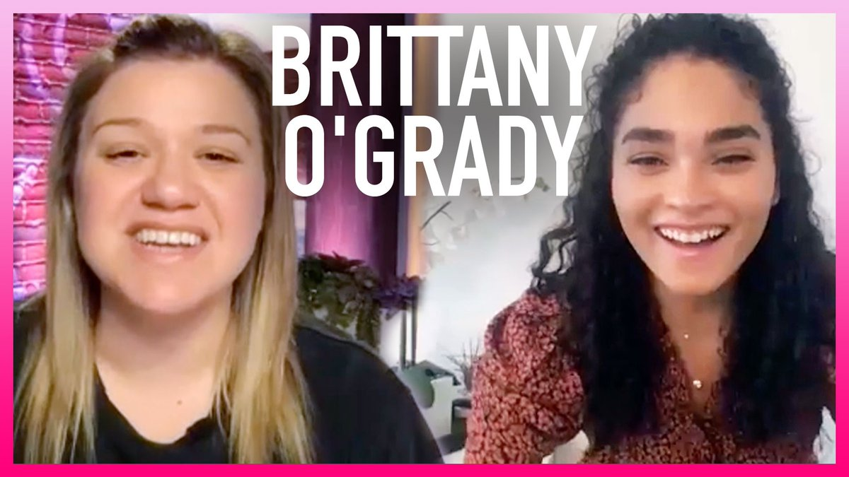 #LittleVoice Star @brittanyogrady Was NOT Prepared For Surprise FaceTime Call From @SaraBareilles 😳  WATCH: https://t.co/HYijfNZGto  #KellyClarksonShow https://t.co/49QvcKpWy6
