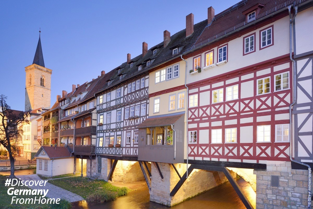 What exactly did medieval shopping look like? Well, Merchant's Bridge in Thuringia is a great example! Merchants living along the bridge sold saffron, sugar, pepper and other goods to passersby. https://t.co/LSZ4eUhqay #DiscoverGermanyFromHome https://t.co/Bg9qVE8OqS