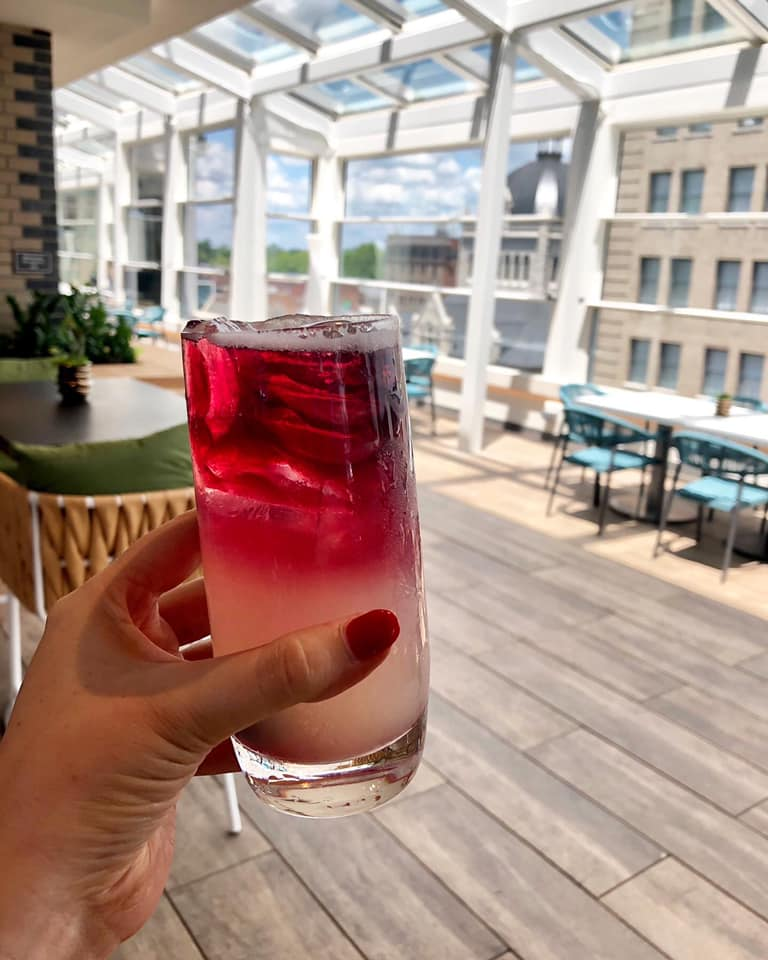 When you live at studios180, Infinity: A Skybar & Cafe is one of the many options for a relaxing happy hour within walking distance of your brand new downtown studio! #tacotuesday #happyhour #sharethelex #downtownlex #downtownliving #apartmentlivingpic.twitter.com/4IMYvGdtxz
