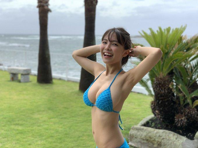 グラビアアイドル寺本莉緒のTwitter自撮りエロ画像16