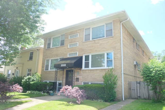 Solmay Hernandez would love to show you the #listing at 3508 Oak Park Avenue, Unit 1S #Berwyn #IL  #realestate https://tour.corelistingmachine.com/home/EWU9BCpic.twitter.com/1qXwfRVJ2R
