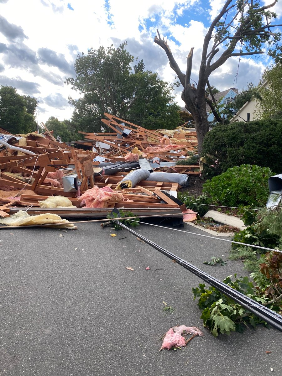 A #tornado ripped through my town today. A few years ago after a storm I stepped out of my house and live electric wires had me jumping around like a kangaroo trying to get back inside https://t.co/qp0ayJEJkL