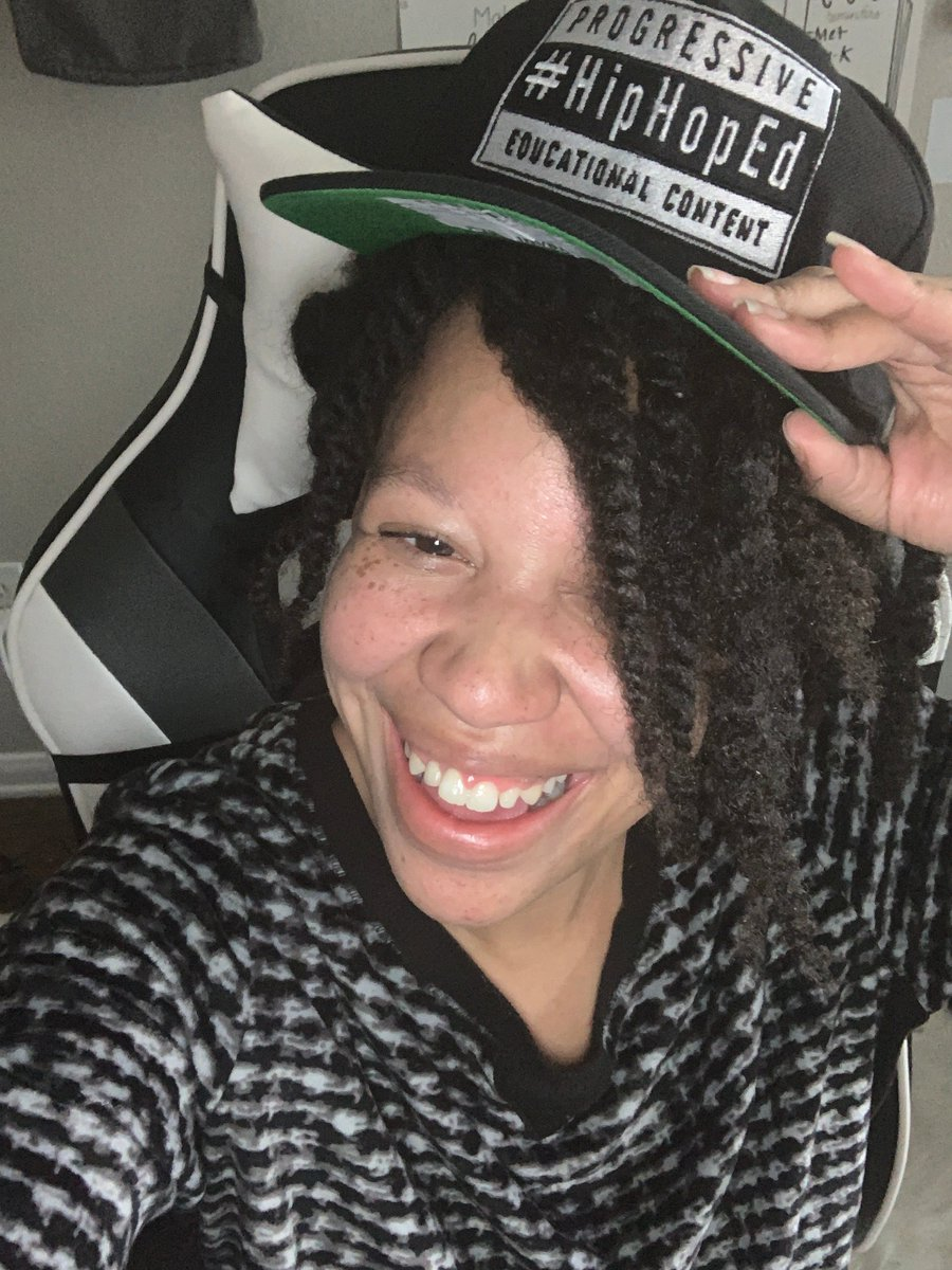 Hey @TheRealHipHopEd  family!   It's me here FINALLY back and rocking the #hiphoped swag (which is perfect because I have not twisted the crown of my head).   When you are down...#hiphoped will FOR SURE fix your crown.   So happy to be here fam! pic.twitter.com/fsDrBPC6G3
