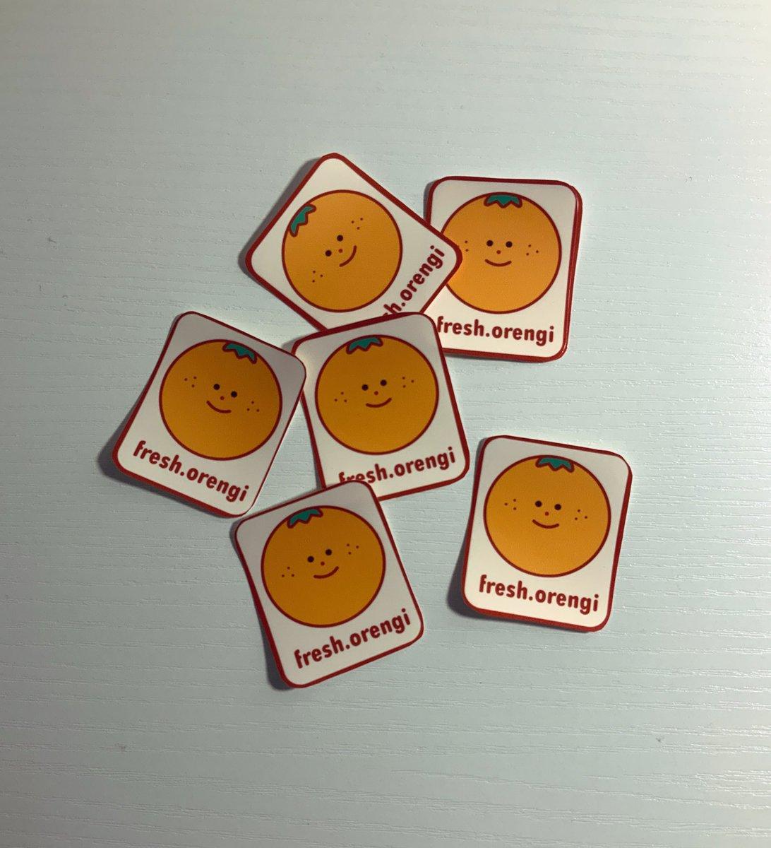 First test print on Logo Stickers! What do you think?   #Stickers #originalart #orange pic.twitter.com/KILXaZsBOk