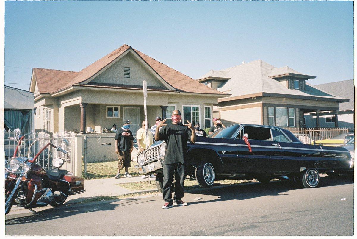 Blood Gang, California  Shot on #35mm pic.twitter.com/6WJNmINJHj