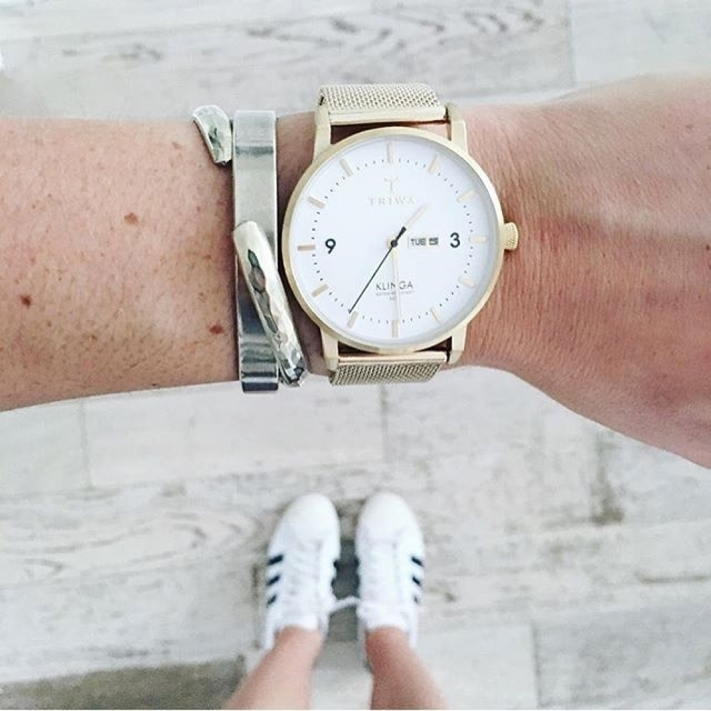 How beautiful is that? #womenwatch #watchlover #classicwatch #onlineshop #watchcollector #makeup #beautiful #style #fashionloverpic.twitter.com/MbHNw10tkc