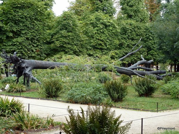 #TreeOfVowels, #Paris #Sculpture #Tuilieries #ttot  TravelGumbo archives By Travelers, For Travelers