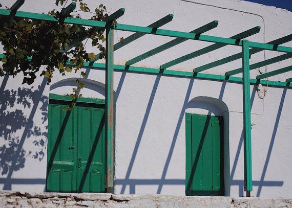 I love Greece! Great photo http://dld.bz/eU2qcpic.twitter.com/7ocohraRnI