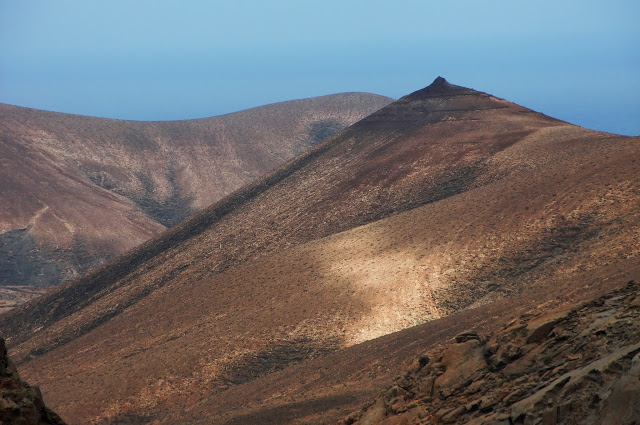 Paisaje majorero ..... Fuerteventura Islas Canarias https://t.co/unB0abbSOh  #Paisajes  #Landscapes  #fotografia  #photography https://t.co/ftL1fF4vQi
