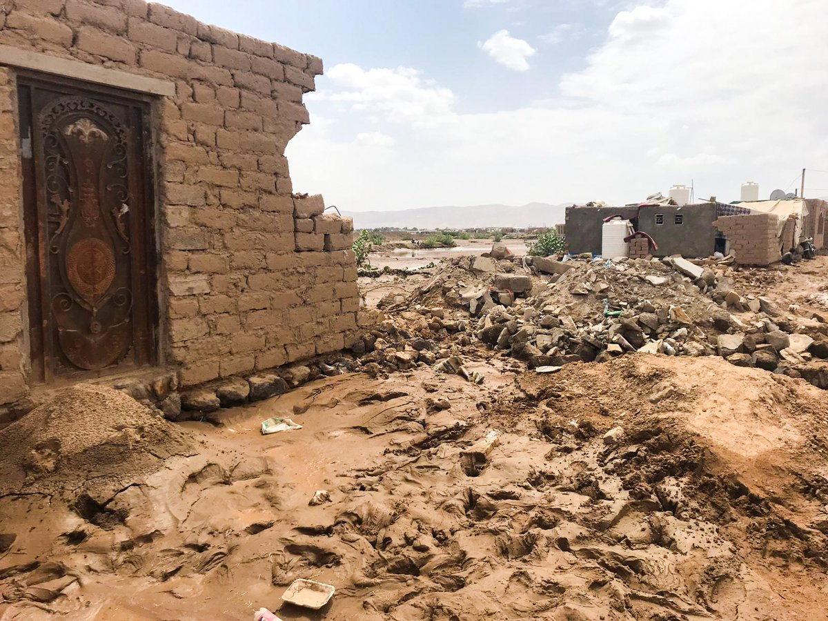 In the rainy seasons in Yemen, many displaced families lose their fragile shelters to the extreme weather  Our team conducted a shelter assessment for over 400 people who were affected by the rain in Al Jufainah camp to understand their needs & provide them with urgent assistant https://t.co/0Sp0vQJB3Y